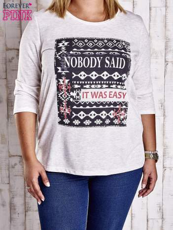 Beżowa bluzka z napisem NOBODY SAID IT WAS EASY PLUS SIZE