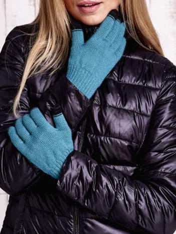 Zielone rękawiczki do obsługi ekranów dotykowych