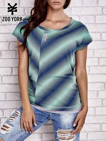 Zielony t-shirt z graficznym nadrukiem