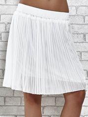 Butik Biała plisowana spódnica do kolan