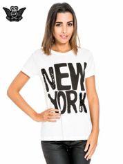 Biały t-shirt z napisem NEW YORK z cekinami