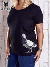 Czarny t-shirt z nadrukiem gołębia PLUS SIZE