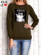 Khaki bluza z podwójną naszywką z cekinów