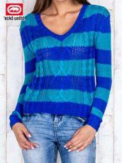 Niebieski sweter w paski