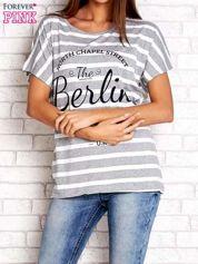 Szary t-shirt w białe paski z napisem NORTH CHAPEL STREET