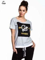 Szary t-shirt z napisem GO FITNESS