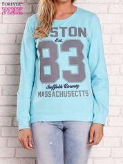 Turkusowa bluza z napisem BOSTON 83