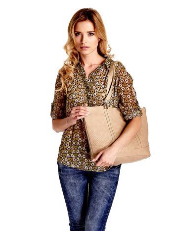 Beżowa fakturowana torebka damska ze złotymi okuciami