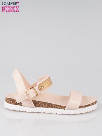 Beżowe sandały damskie z blaszką