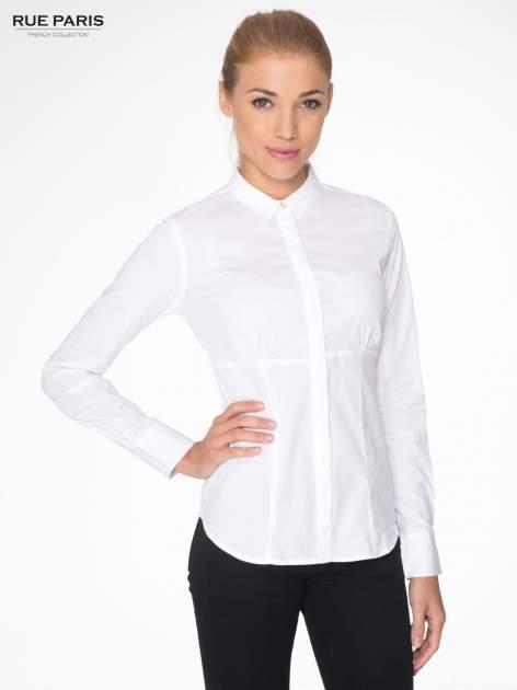 Biała koszula damska odcinana pod biustem z marszczeniem