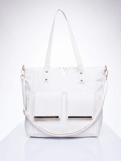 Biała torba shopper bag ze kieszeniami na klapki