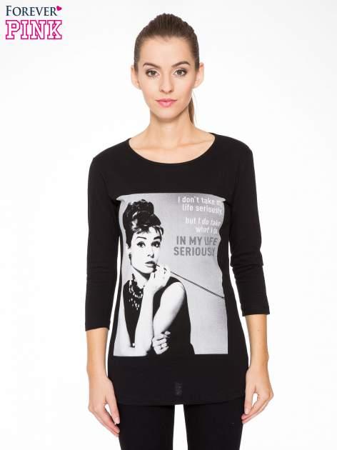 Czarna bluzka z portretem Audrey Hepburn