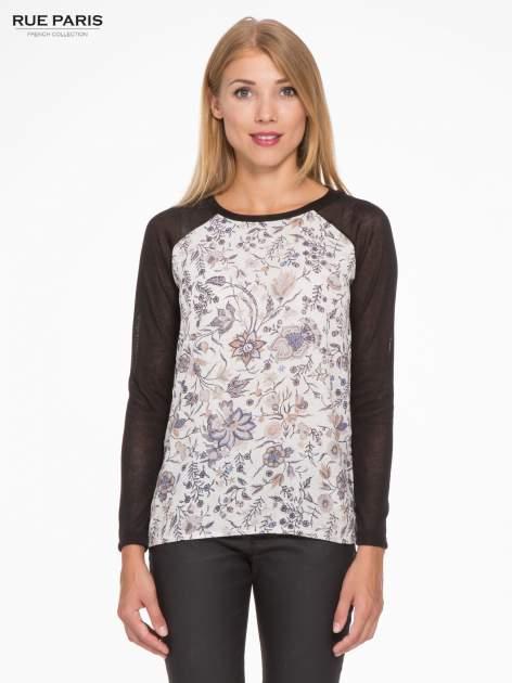 Czarna bluzka z reglanowymi rękawami i kwiatowym przodem