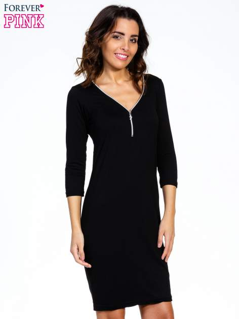 Czarna sukienka z suwakiem