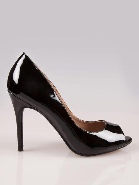 Czarne lakierowane szpilki peep toe