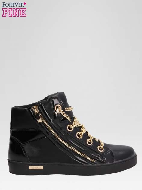 Czarne sneakersy damskie ze złotym łańcuszkiem