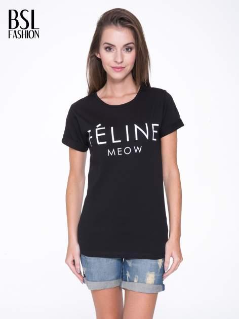 Czarny t-shirt z napisem FÉLINE MEOW