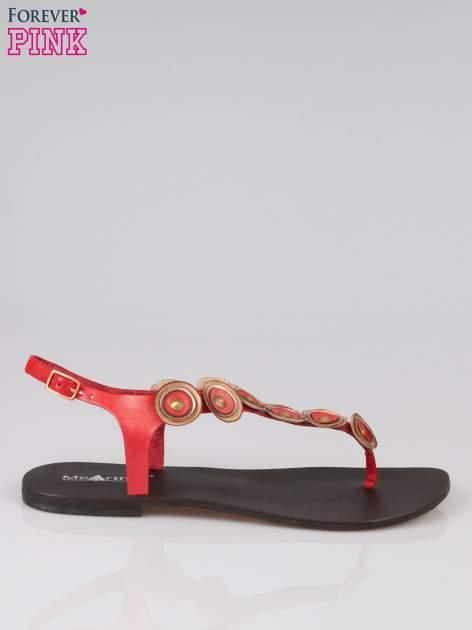 Czerwone skórzane sandały japonki w stylu etno