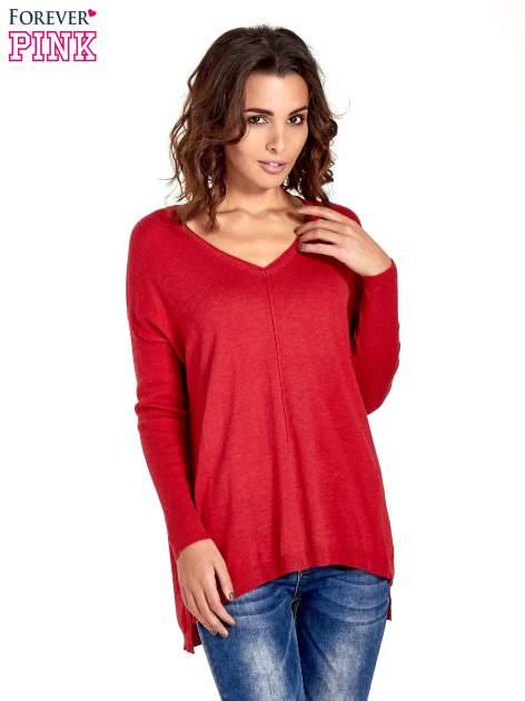 Czerwony sweter V-neck z rozporkami