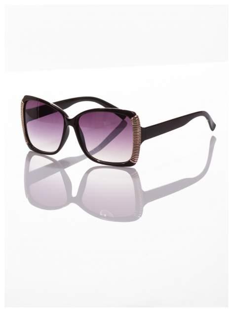 Eleganckie czarne okulary przeciwsłoneczne stylizowane na GUCCI ze srebrnymi bokami