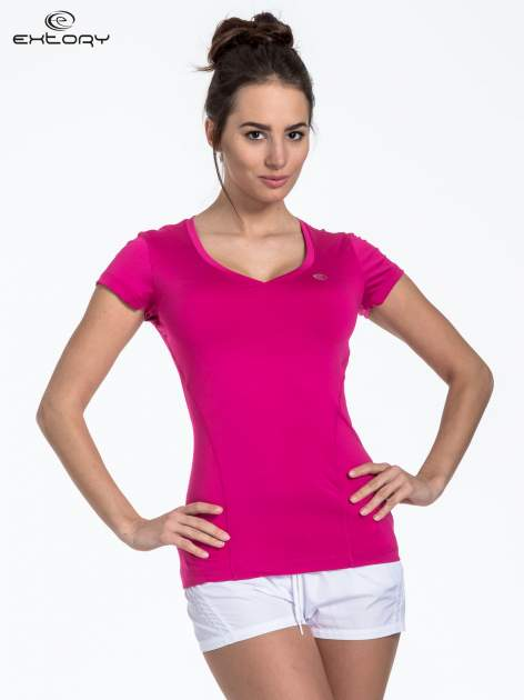 Fuksjowy modelujący t-shirt sportowy z przeszyciami