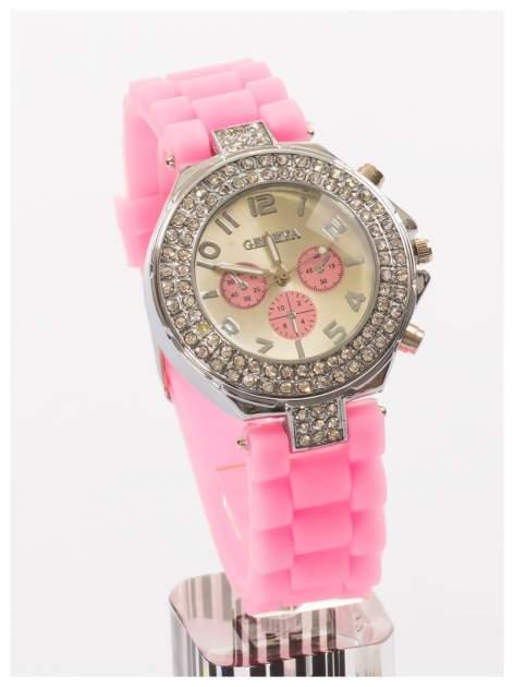 GENEVA Jasnoróżowy zegarek damski z cyrkoniami. Wygodny silikonowy pasek
