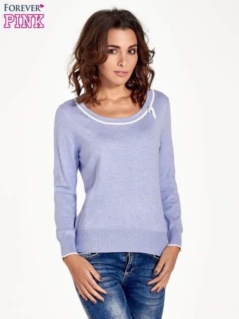 Jasnofioletowy sweterek z kokardką przy dekolcie