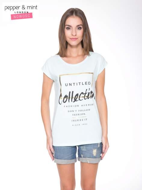 Jasnoniebieski t-shirt z nadrukiem UNTITLED COLLECTION
