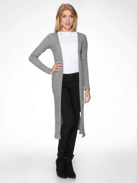 Jasnoszary długi prążkowany sweter kardigan