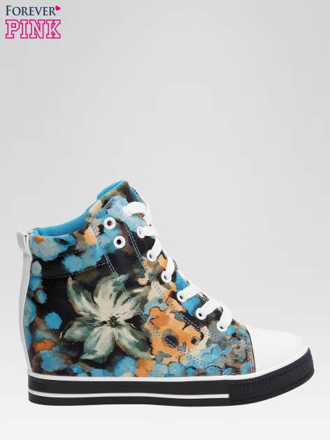 Niebieskie kwiatowe sneakersy