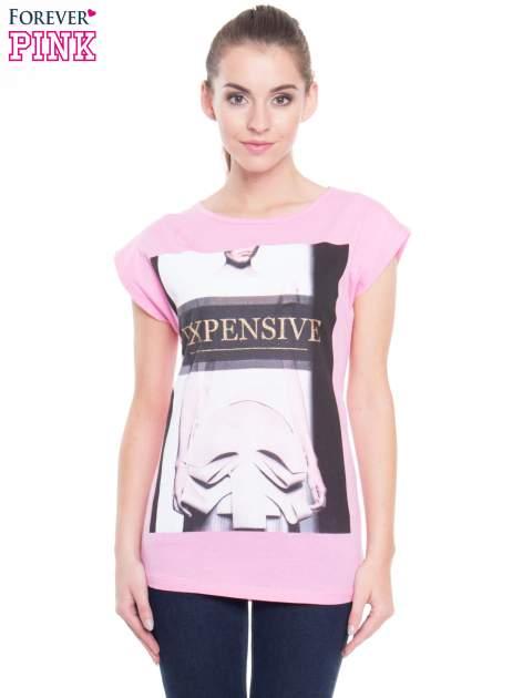 Różowy t-shirt z nadrukiem modowym i złotym napisem EXPENSIVE
