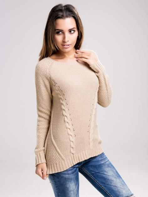 STRADIVARIUS Beżowy sweter z ozdobnym splotem