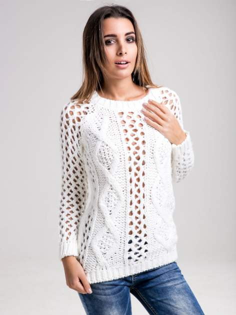 STRADIVARIUS Biały sweter z ozdobnym ściegiem