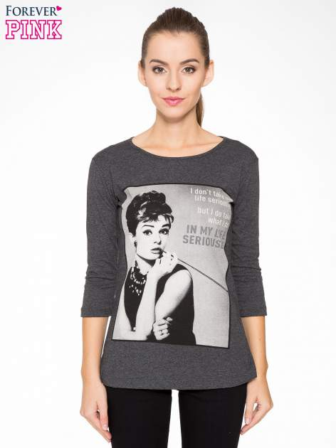 Szara bluzka z portretem Audrey Hepburn