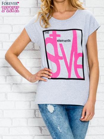 Szary t-shirt z napisem STYLE z dżetami