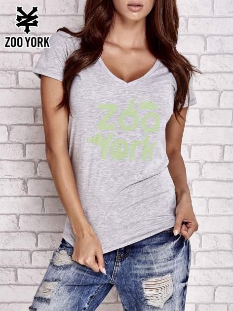 Szary t-shirt z napisem ZOO YORK