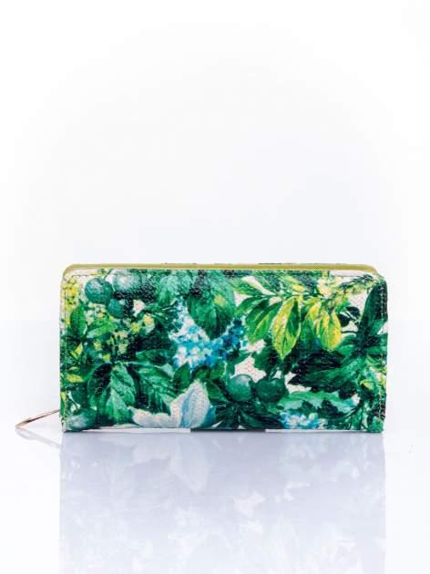 Zielony portfel z egzotycznym nadrukiem