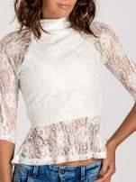 Biała koronkowa bluzka z baskinką