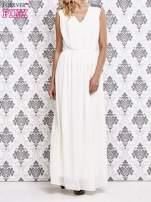 Biała sukienka maxi z pagonami z dżetów