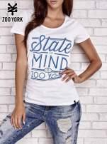 Biały t-shirt z napisem STATE OF MIND