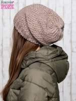Brązowa wełniana dziergana czapka