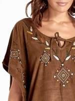 Brązowa zamszowa bluzka z haftem w stylu boho