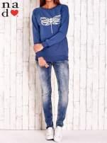 Ciemnoniebieska bluza z nadrukiem ważki