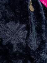 Ciemnoniebieska włochata bluza z kapturem i suwakami
