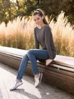 Ciemnoszary sweter z dłuższym tyłem i rozporkami po bokach