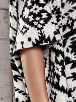 Czarna narzutka poncho w azteckie wzory