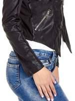 Czarna skórzana kurtka z zamkami