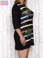 Czarna sukienka dresowa z nadrukiem gwiazd PLUS SIZE