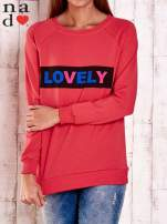 Czerwona bluza z napisem LOVELY