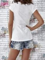 Ecru t-shirt z napisem SHE SAYS BABE YOU LOOK SO COOL XX